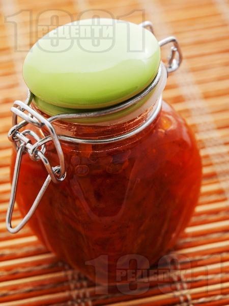 Домашно сладко от моркови с канела в бурканчета (зимнина) - снимка на рецептата